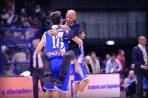 Dai, Dinamo, fai la storia. Portaci la Coppa in Sardegna.