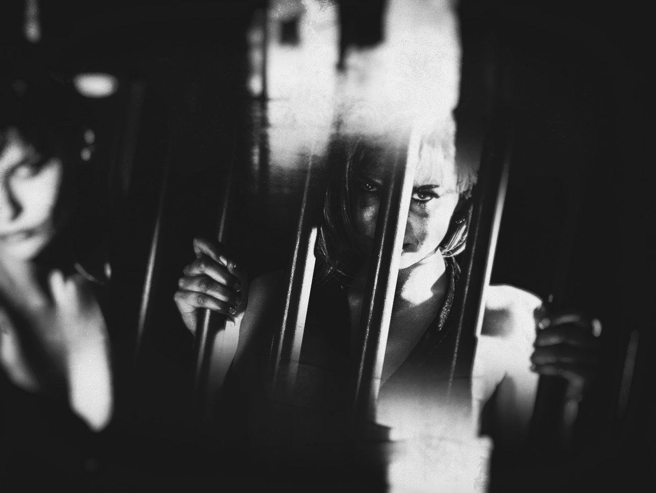8 MARZO: SCARPE CHE PARLANO… STORIE CHE CAMMINANO