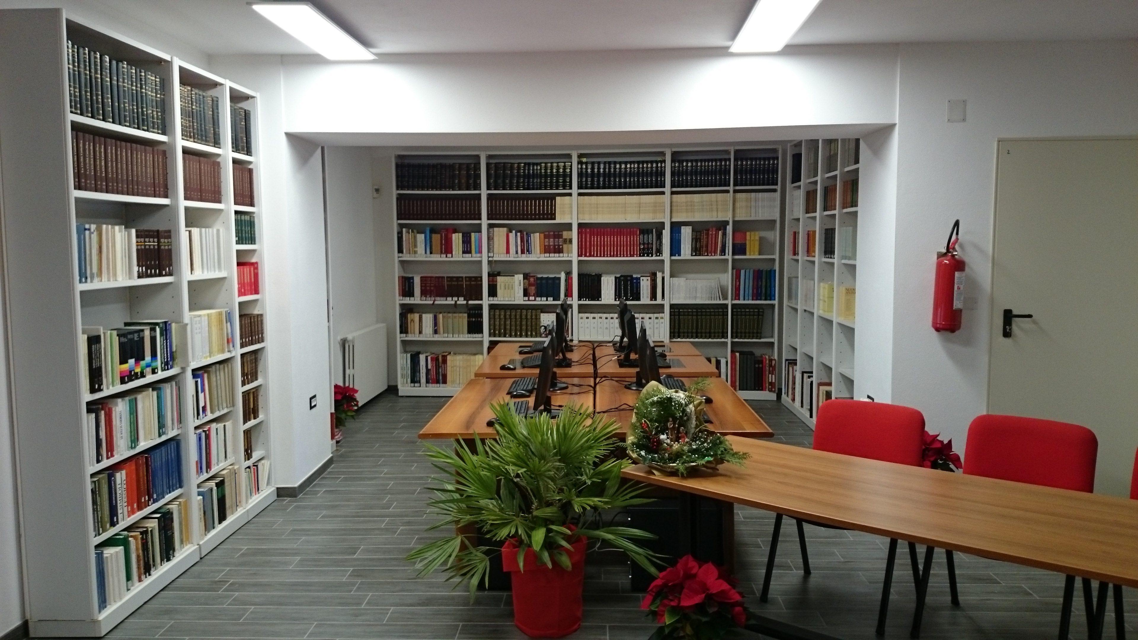 Ufficio Web Architetti Sassari : Quanti libri in casa! city&city ®
