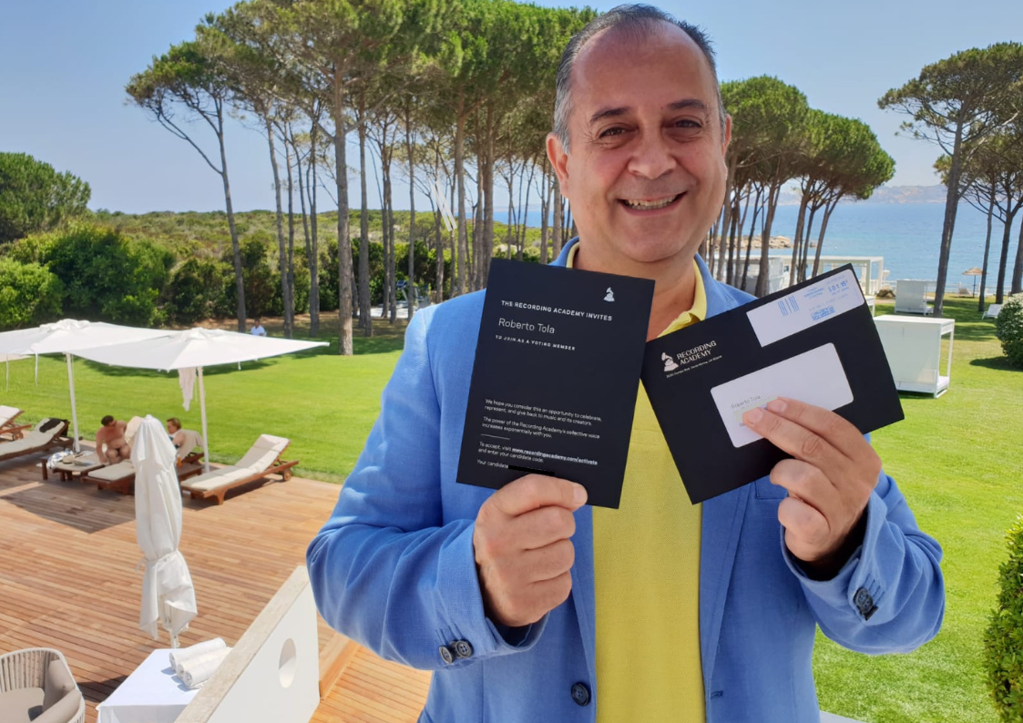 Roberto Tola, nuova vittoria agli Indipendent Music Awards