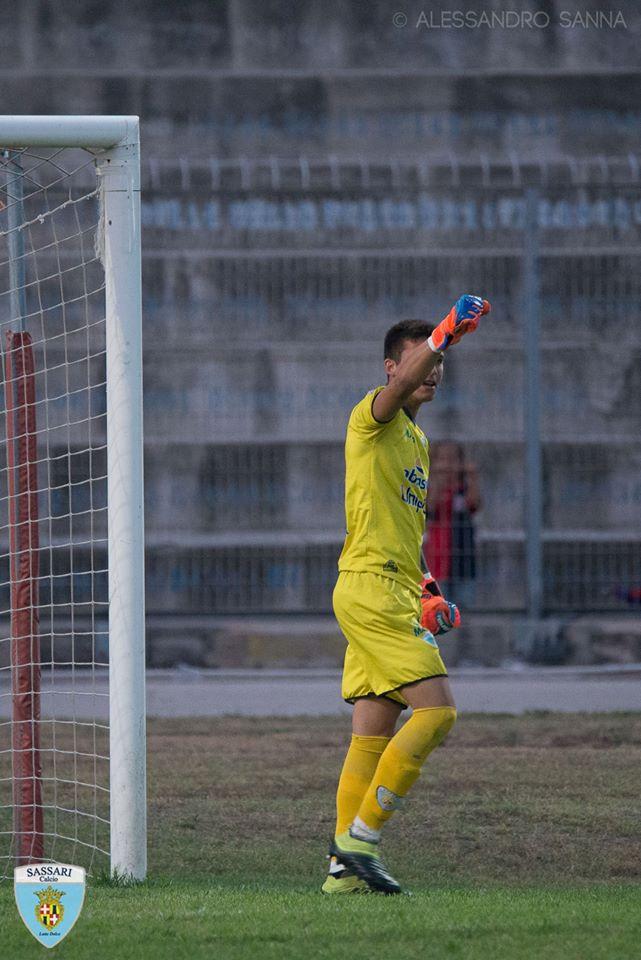 Il portiere Alessandro Lai nella foto di Alessandro Sanna