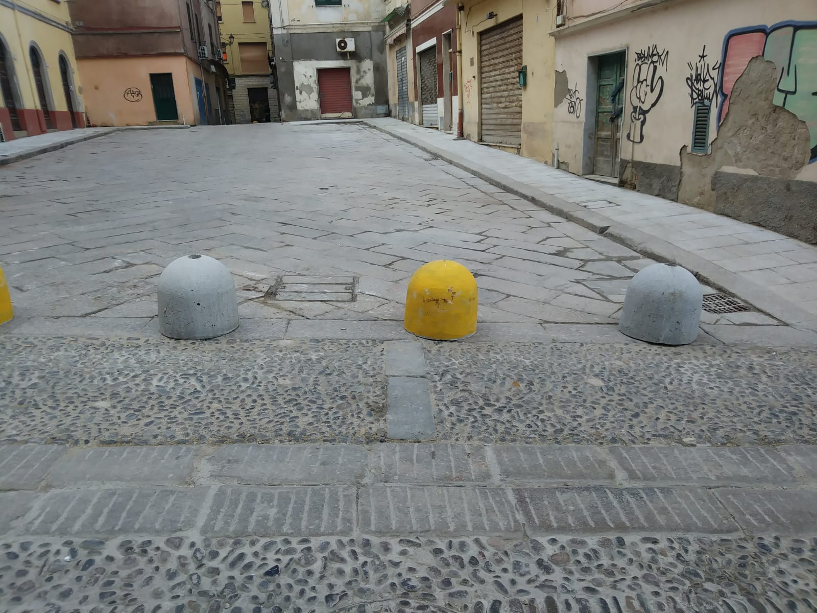 Sassari, piazzetta Frumentaria e piazza Pescheria  diventano pedonali