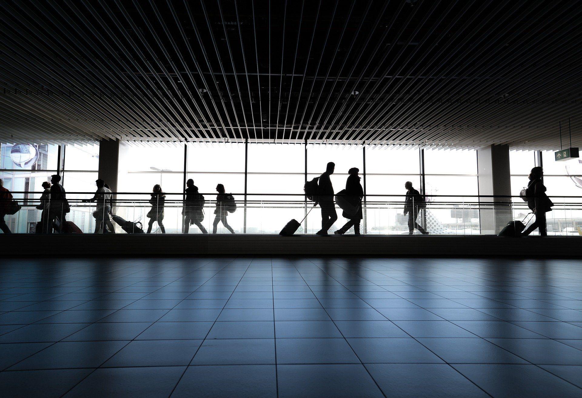 Blocco porti e aeroporti, la Regione chiede la proroga per altre due settimane