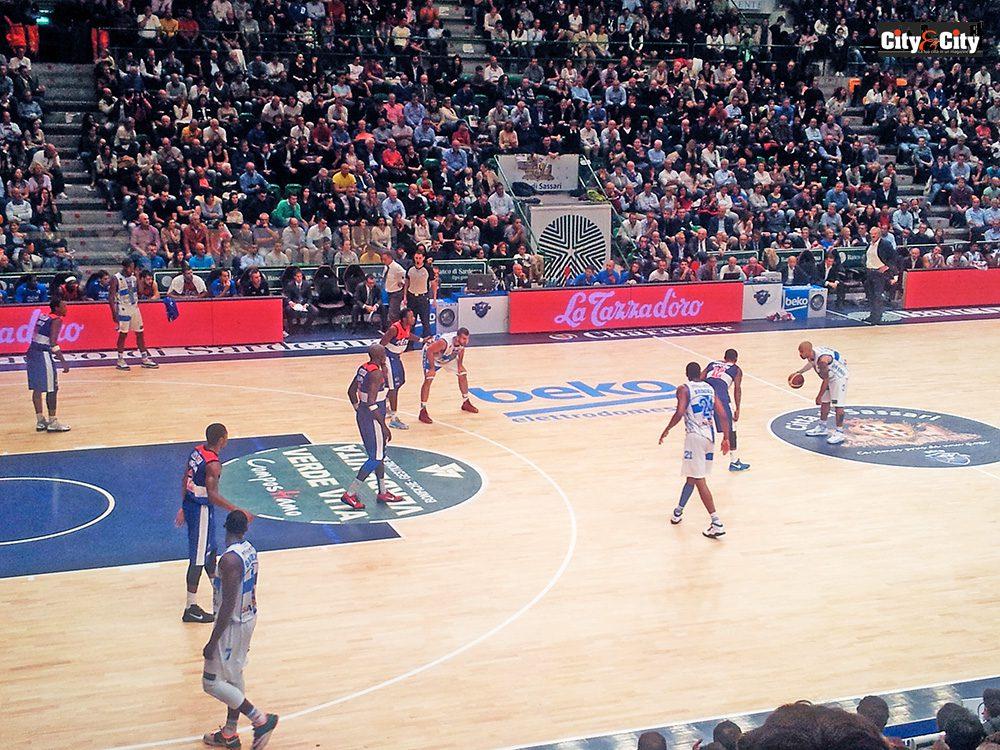 La Dinamo resta imbattuta: raggiunta l'Olimpia in vetta alla classifica