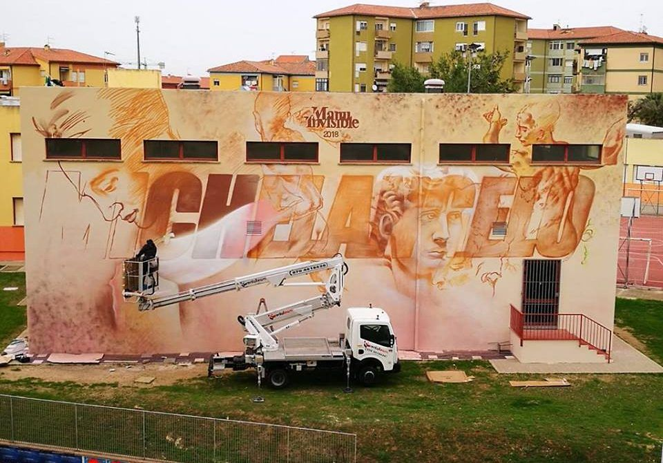 MICHELANGELO DIVENTA  STREET ART