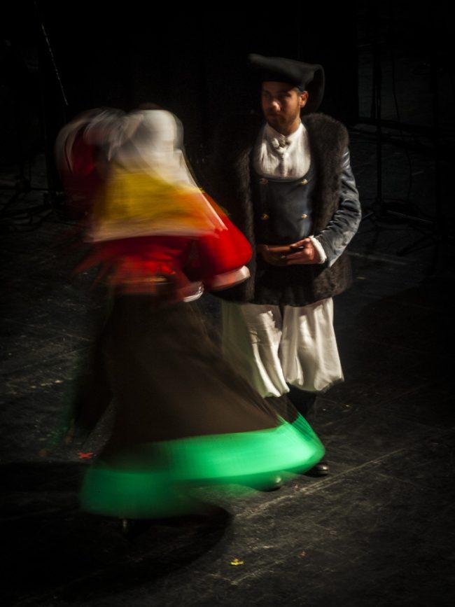 Coppia con abito tradizionale sardo
