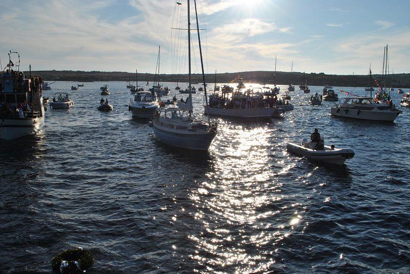 Processione a mare durante la Festa Patronale di Stintino