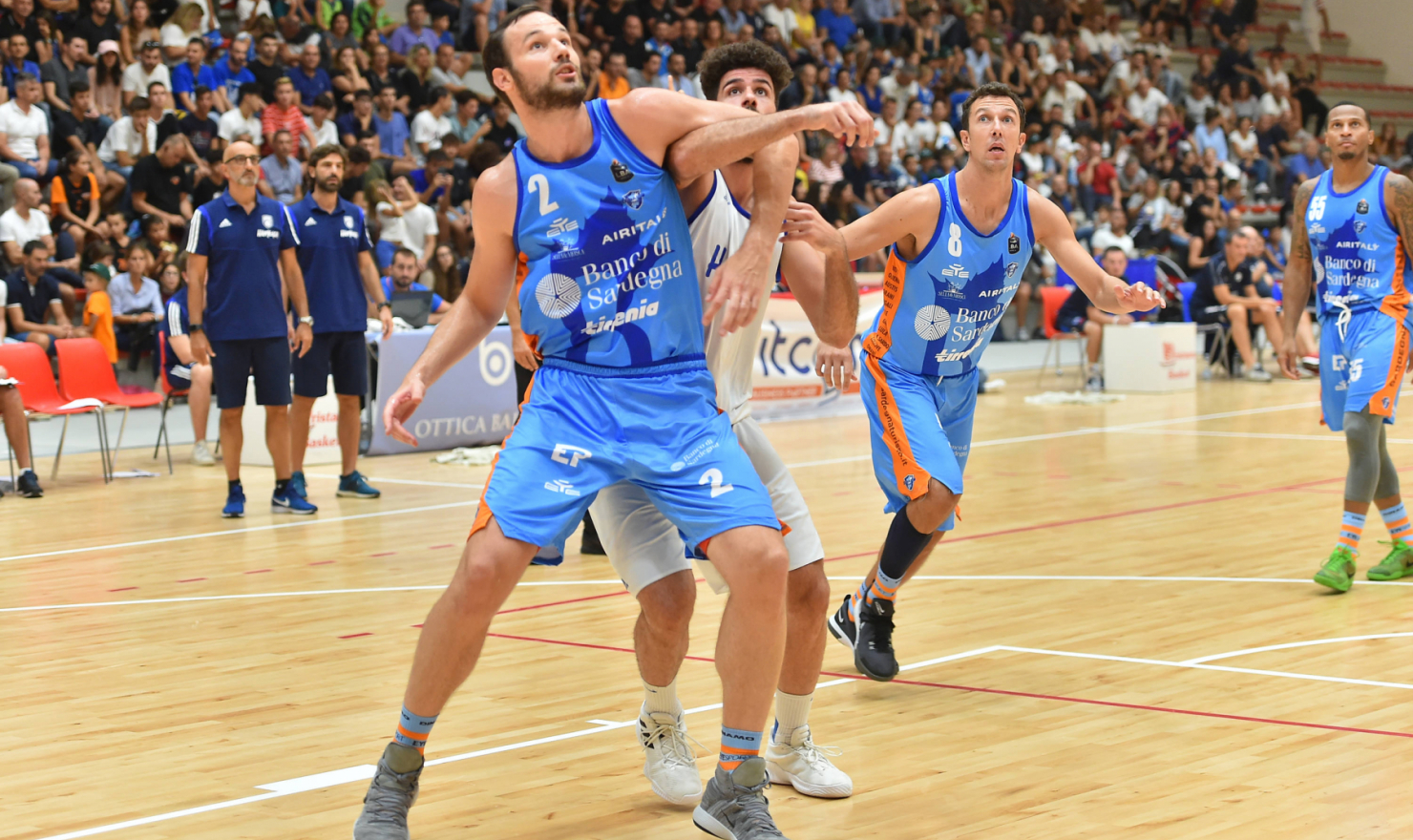 Dinamo basket contro Brindisi