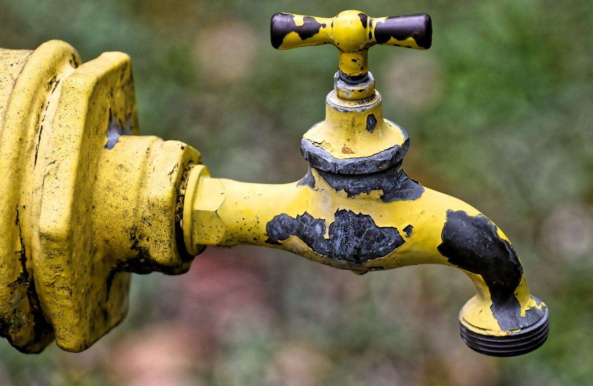Emergenza idrica, il Comune in campo con tutti i mezzi