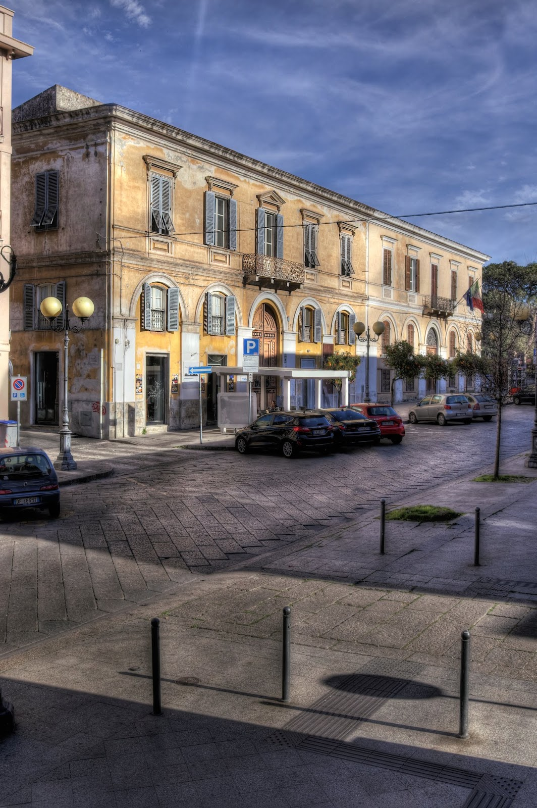 Palazzo di Cesare Vai in Via Roma