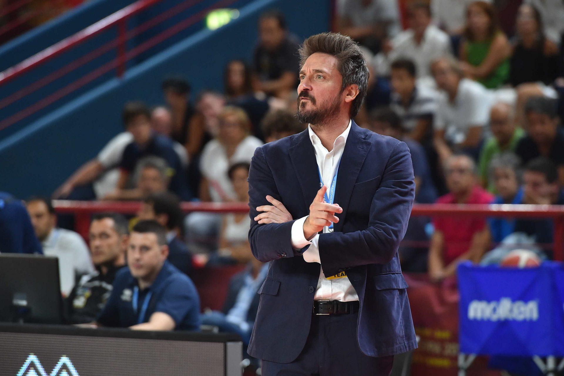Annuntio vobis gaudium magnum: «Gianmarco Pozzecco resta l'allenatore»