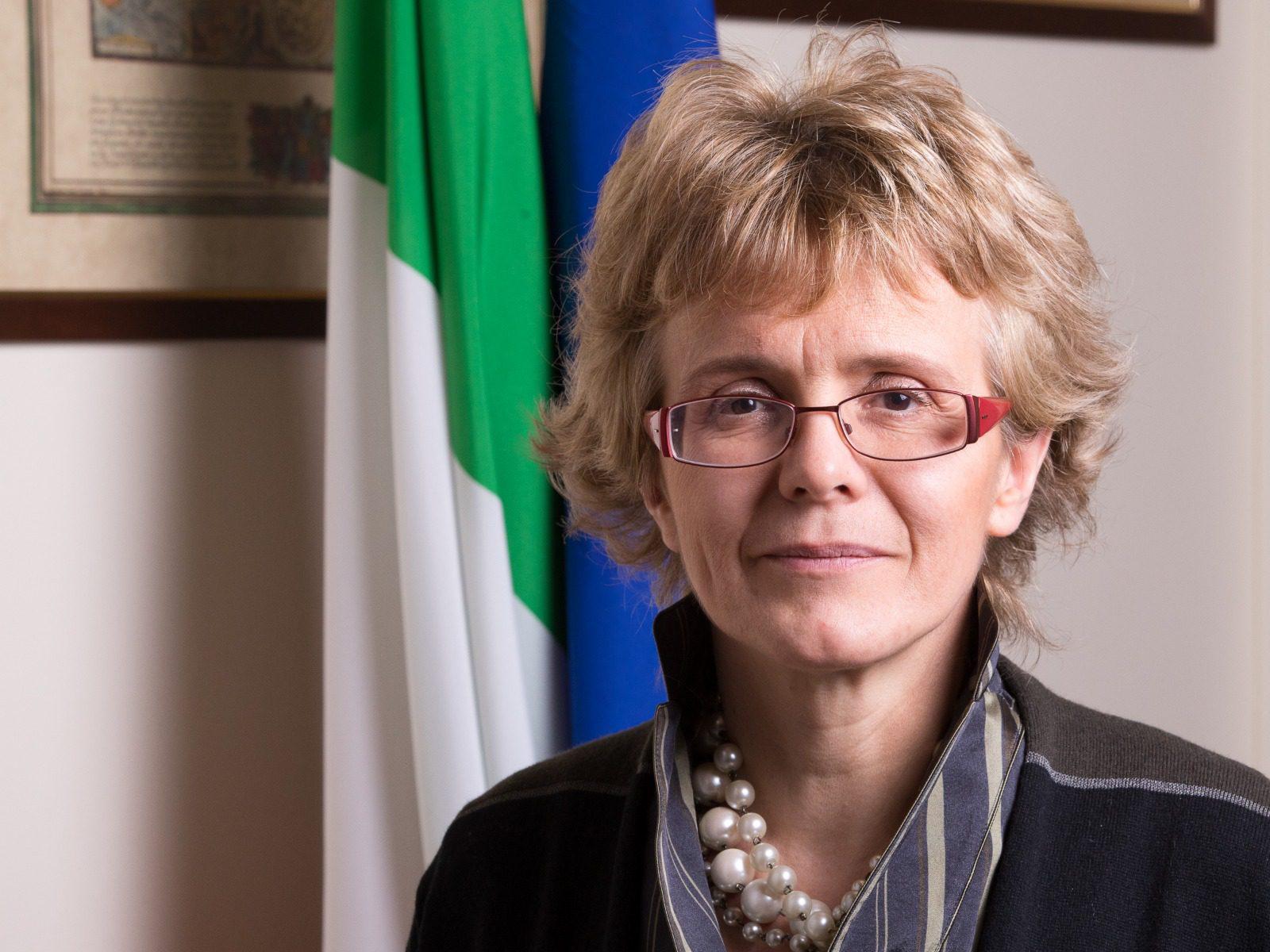 """""""Immaginiamo il futuro: dopo la crisi e oltre"""", conversazione con la senatrice Elena Cattaneo"""