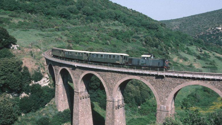Il Jazz sale a bordo del trenino verde
