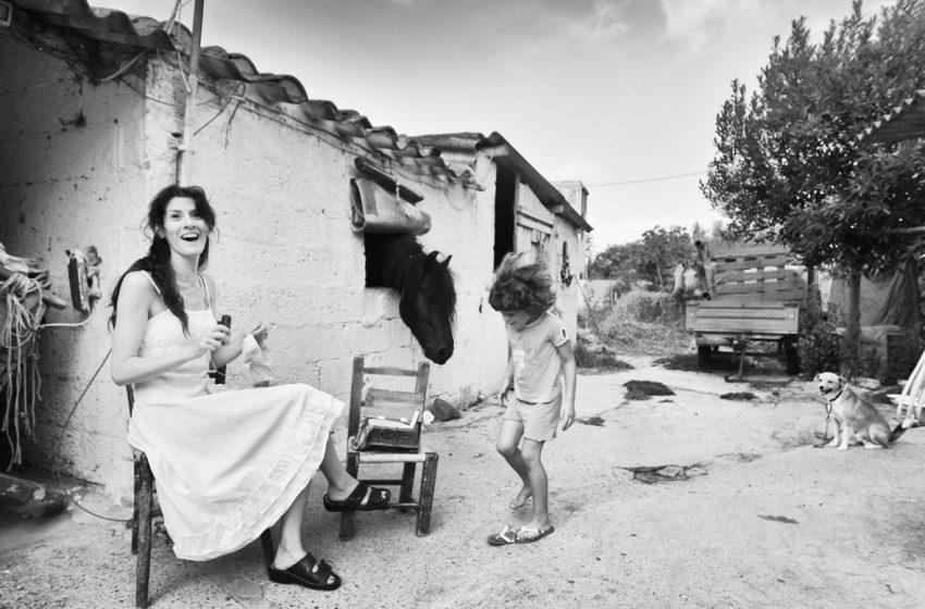 """""""Non è l'America"""", Stefano Pia fotografa gli ultimi abitanti della frontiera sarda"""